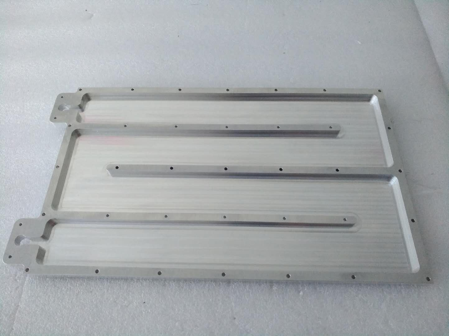 Fabricated cooling plate1.jpg