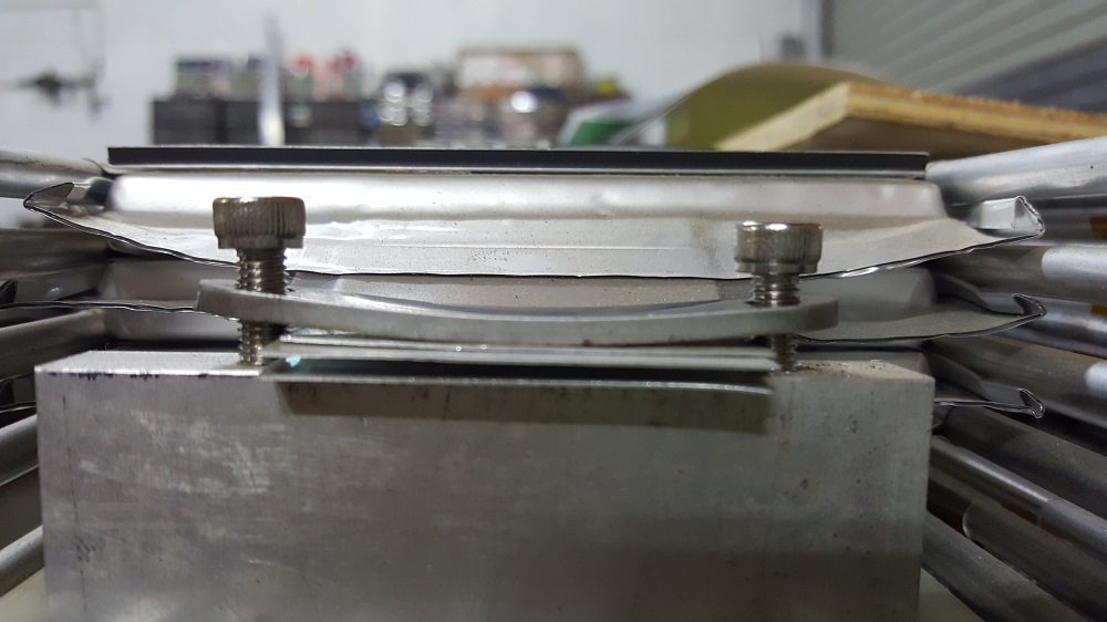 View of loose clamp.