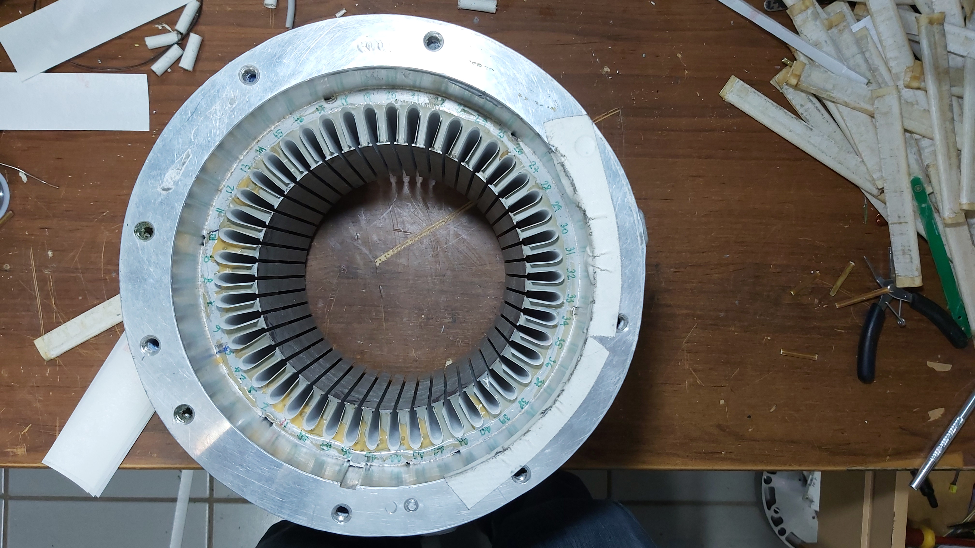 Here is the empty stator again.
